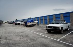 Storage Units Daytona Beach/1575 Aviation Center Pkwy