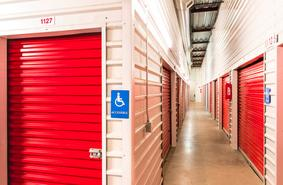 Storage Units Keller/8251 N Beach St