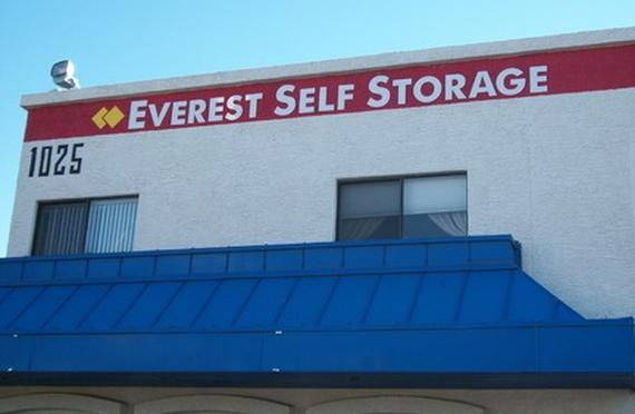 Storage Units Phoenix/1025 East Bell Road