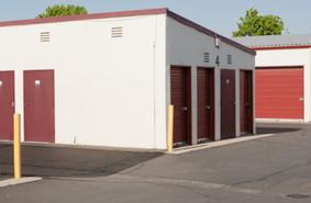 Storage Units Modesto/1401 Woodland Ave
