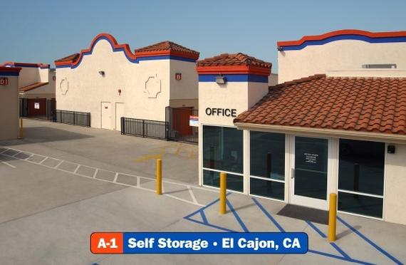Storage Units El Cajon/1370 N Magnolia Ave