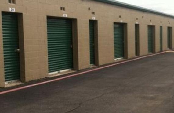 Storage Units Dallas/9530 Skillman Street