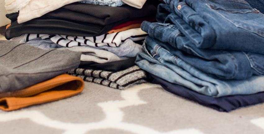 Store your clothes easily with these tips | Rock Safe Storage