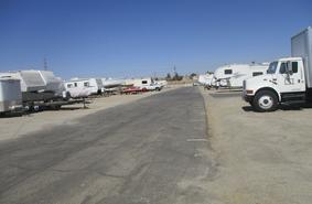 Storage Units Bakersfield/700 James Rd