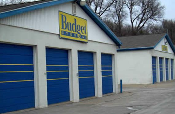 Storage Units Omaha/15909 Pacific Street & Budget Storage - 15909 Pacific Street Omaha NE | StorageFront.com