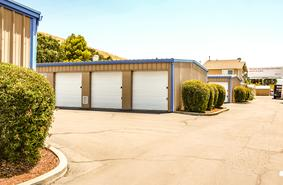 Storage Units Martinez/375 Arthur Road