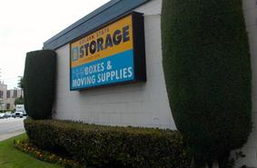 Storage Units North Hills/15655 Roscoe Blvd