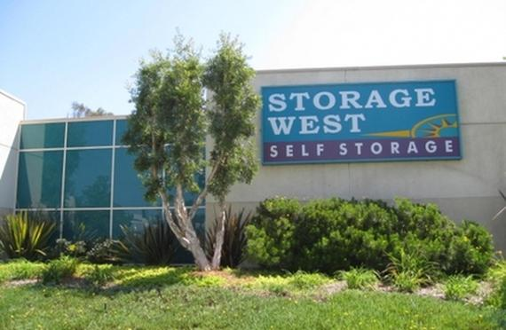 Storage Units Lake Forest/20700 Canada Rd