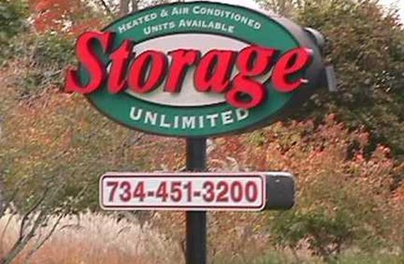 Storage Units Plymouth/15176 Beck Rd