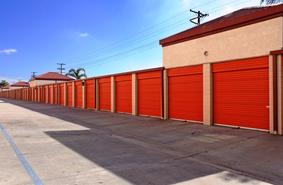 Storage Units Fullerton/1415 W Commonwealth Ave