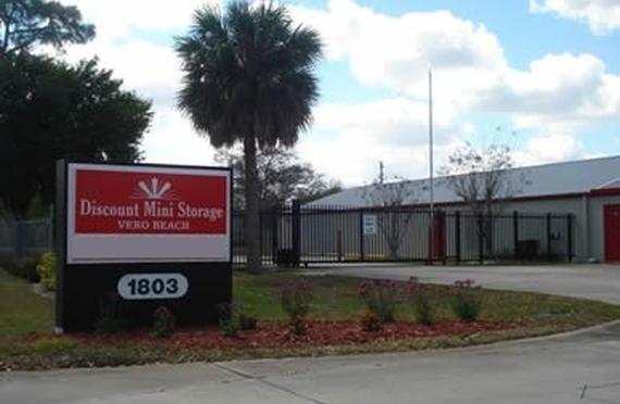 Bon Storage Units Vero Beach/1803 90th Ave