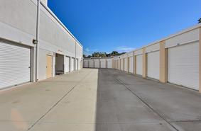 Storage Units Lake Forest/26390 Forest Ridge Dr