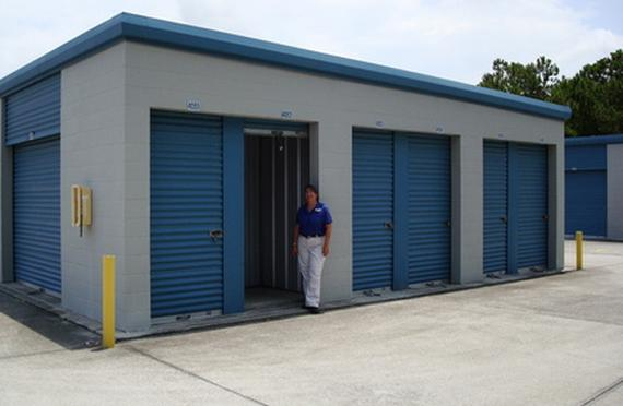 Bon Storage Units Daytona Beach/810 Jimmy Ann Dr