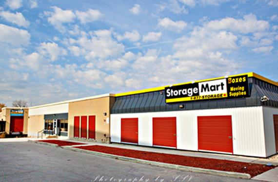 Storage Units Toronto/875 Don Mills Road & StorageMart - 875 Don Mills Road Toronto ON | StorageFront.com