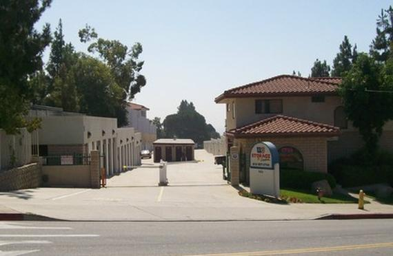 Storage Units La Crescenta/4454 Lowell Ave