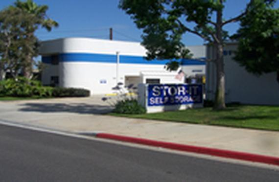 Storage Units Costa Mesa/961 W 17th St