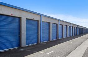 Storage Units Torrance/23711 Crenshaw Blvd