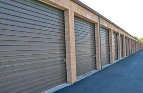 Storage Units Santa Ana/4918 W 1st St