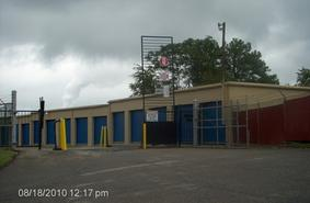 Storage Units Chester/2000 West Hundred Road