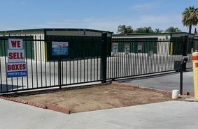 Storage Units Delano/480 1st Ave