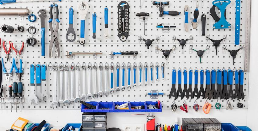 3 Garage Organization Hacks That Are Ridiculously Easy And Cheap