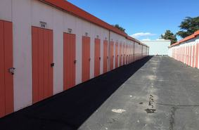 Storage Units Newhall/22412 12th St