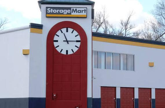 Storage Units Independence/2500 N Hub Dr