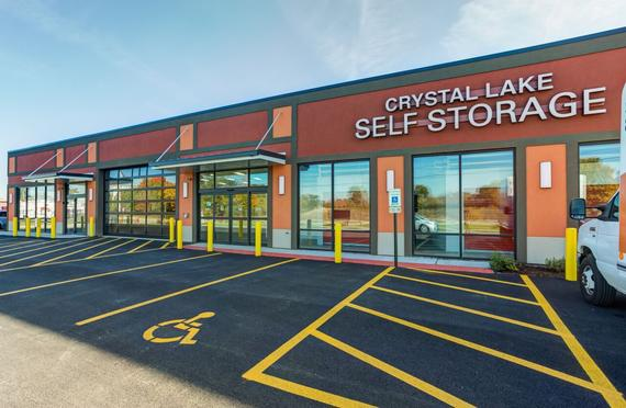 Attirant Storage Units Crystal Lake/647 Teckler Blvd