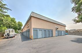 Storage Units Livermore/3006 Gardella Plaza