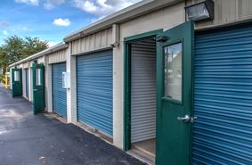 Storage Units San Antonio/2235 S WW White Rd