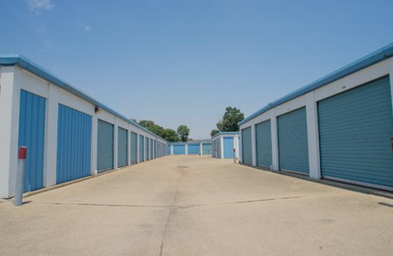 Storage Units Virginia Beach/909 Newtown Rd