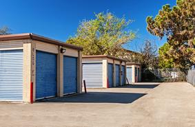 Storage Units San Antonio/2507 Goliad Drive