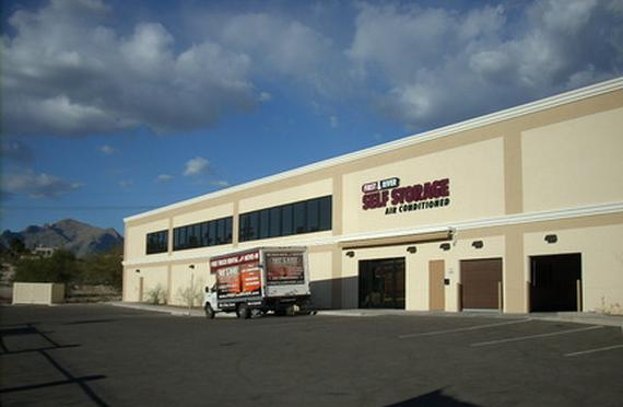 Storage Units Tucson/4980 N 1st Ave & First u0026 River Self Storage - 4980 N 1st Ave Tucson AZ ...