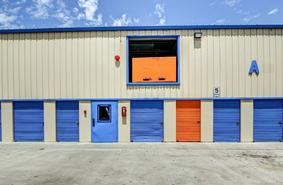 Storage Units Chula Vista/3089 Main St
