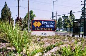 Storage Units Anaheim/1515 South State College Boulevard