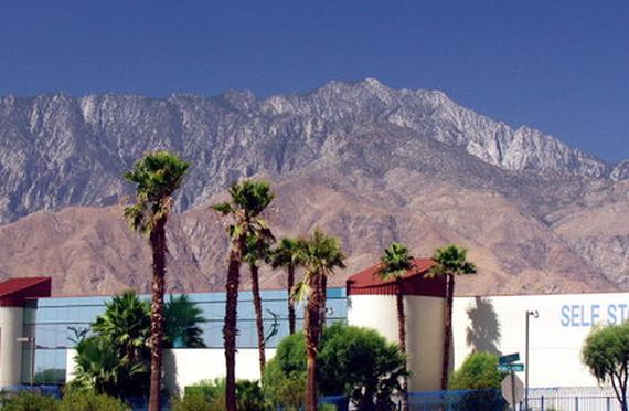 Storage Units Palm Springs/19125 N Indian Canyon Ave