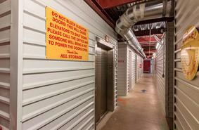 Storage Units Fort Worth/6150 Bryant Irvin Rd
