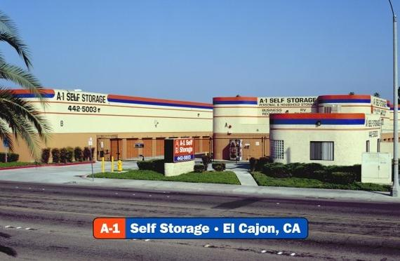 Storage Units El Cajon/556 W Main St