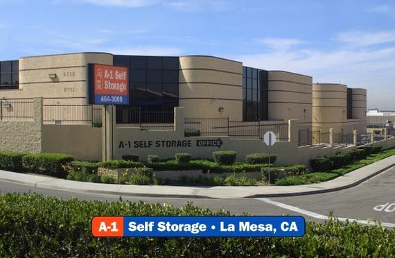 Storage Units La Mesa/8328 Center Dr