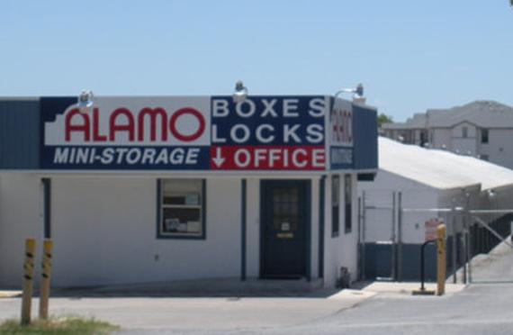 Storage Units San Antonio/1819 Bandera Road