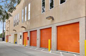 Storage Units San Jose/131 Baroni Ave