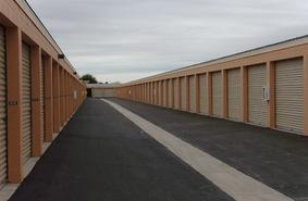 Storage Units Phoenix/4860 North 83rd Avenue