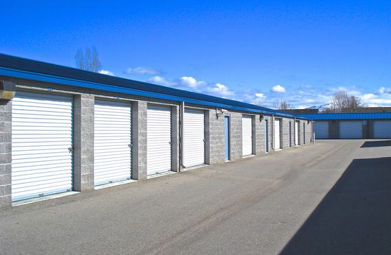 Superbe Storage Units Boise/450 S Maple Grove Rd