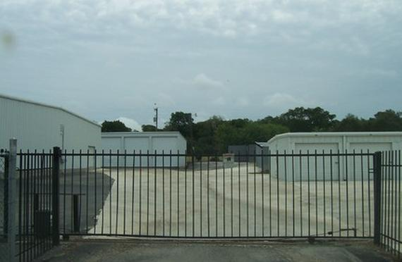 Storage Units Canyon Lake/17201 FM 306