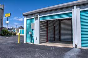Storage Units San Antonio/8762 Huebner Rd