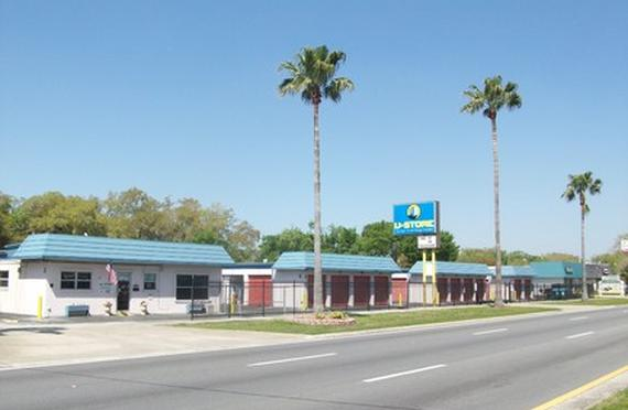 Superbe Storage Units Daytona Beach/370 N Nova Rd