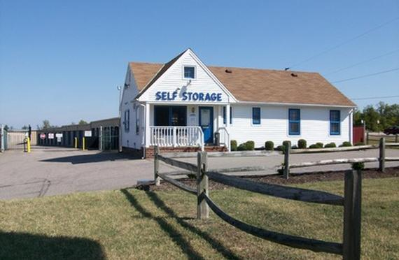 Storage Units Chester/2000 West Hundred Road & AAAA Self Storage - Chester - 2000 West Hundred Road Chester VA ...