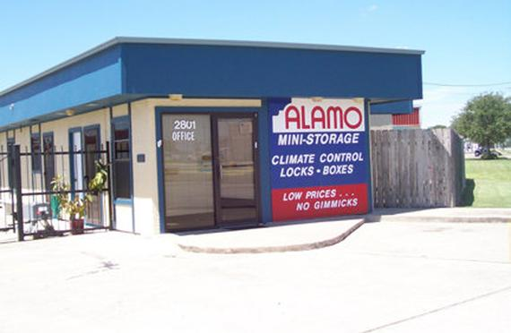 Storage Units Victoria/2801 Sam Houston Drive & Alamo Mini Storage - N. Sam Houston - 2801 Sam Houston Drive ...