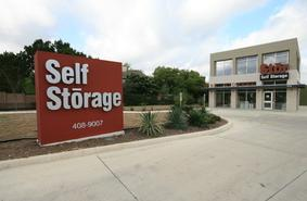 Storage Units San Antonio/17875 Blanco Road