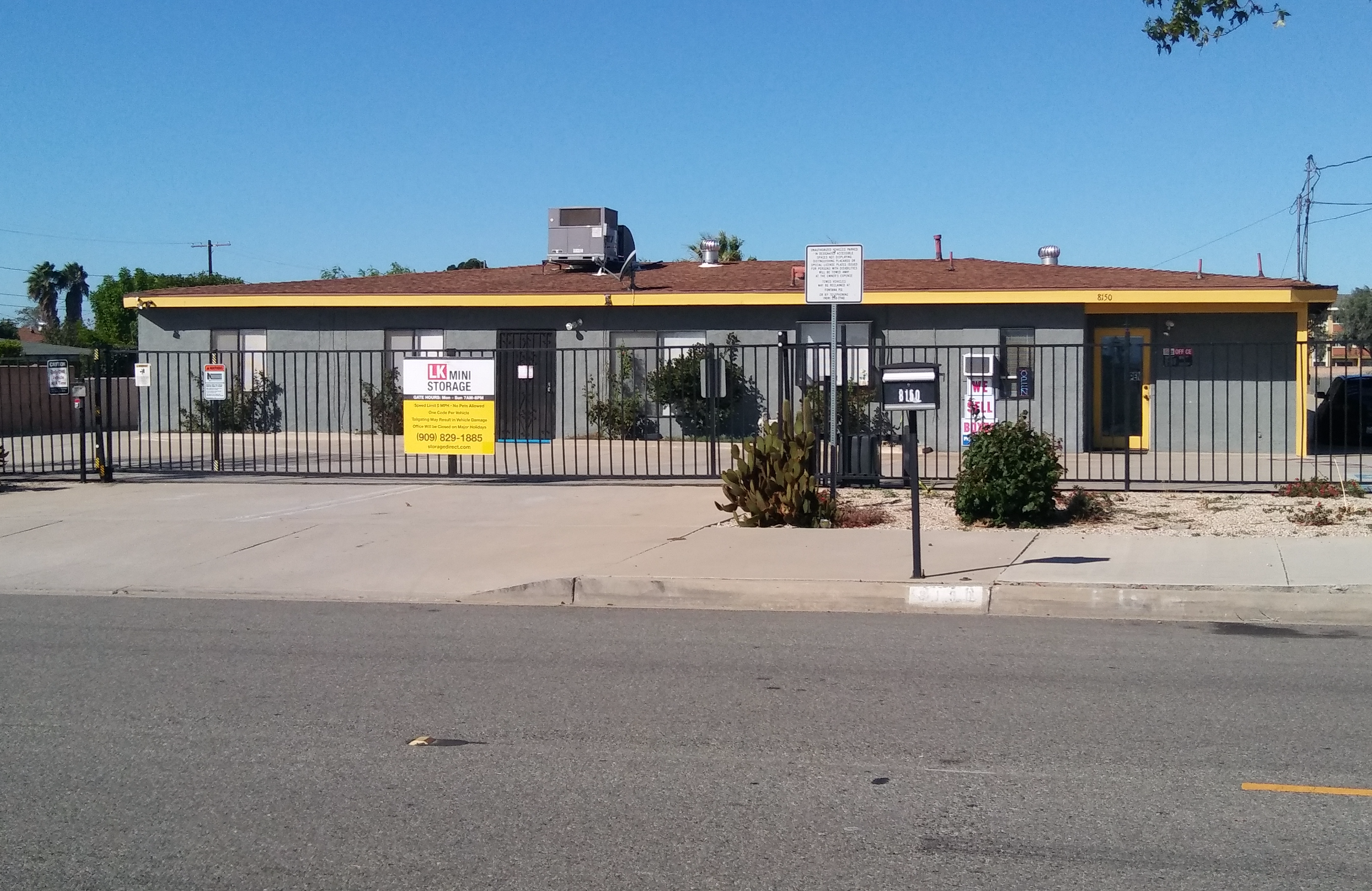 Self Storage Units Fontana CA